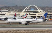 N502UA @ KLAX - Boeing 757-200