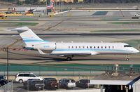 N70PS @ KLAX - ONEIDA II LLC BD700 - by FerryPNL