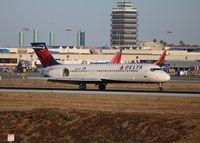 N922AT @ LAX - Delta