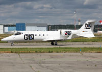 D-CSIX @ LFBO - Taxiing holding point rwy 32R for departure... - by Shunn311