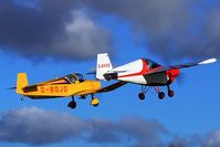 G-AVXD @ EGBR - Dynamic Duo heading off back to Beverley Linley Hill Leven - by glider