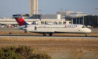 N943AT @ LAX - Delta
