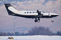 C-FHMD @ KBOI - landing RWY 10R. - by Gerald Howard