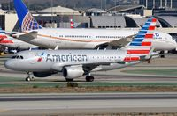 N9015D @ KLAX - American A319 arrived in LAX - by FerryPNL