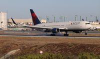 N1607B @ LAX - Delta