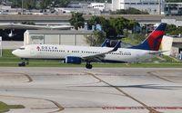N3747D @ FLL - Delta