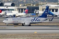 N3758Y @ KLAX - Delta B738 in Skyteam c/s - by FerryPNL