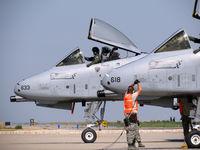 78-0633 @ KBOI - Awaiting pre flight checks as 78-0618 pulls up alongside. - by Gerald Howard