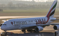 A6-EUA @ LOWW - Emirates, Airbus A380, Vienna Airport - by Florian Klebl