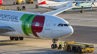 CS-TOM @ LOWW - TAP Portugal, Airbus A330, Vienna Airport - by Florian Klebl