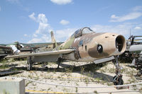 51-9524 - Russel military boneyard - by olivier Cortot