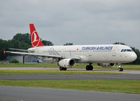 TC-JSB @ EDDV - Turkish Airlaine go to the 27R