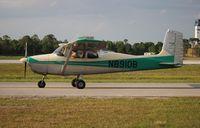 N8910B @ LAL - Cessna 172