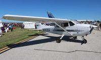 N9935F @ BKL - Cessna 172R