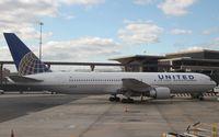 N649UA @ KEWR - Boeing 767-300 - by Mark Pasqualino