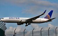 N670UA @ ZRH - United  Airlines Boeing 767-322(ER) airplane landing at Zurich International Airport. - by miro susta
