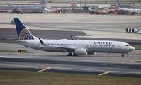 N69813 - B739 - United Airlines