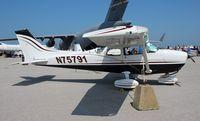 N75791 @ BKL - Cessna 172N