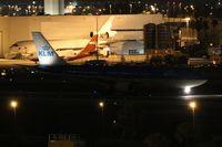 PH-AOM @ MIA - KLM A330-200