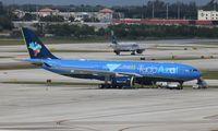 PR-AIT @ FLL - Azul A330-200
