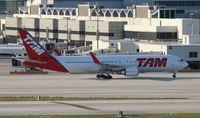 PT-MSY @ MIA - TAM 767-300