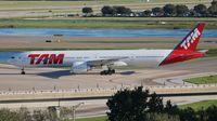 PT-MUI @ MCO - TAM 777-300