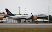TF-FIN @ MIA - Icelandair