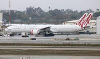 VH-VPE @ LAX - Qantas
