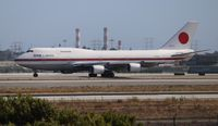 20-1101 @ LAX - Japan Self Defense Force One