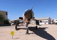 61-0086 @ DMA - F-105D