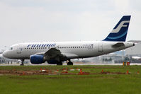 OH-LVD @ EGLL - Taxiing