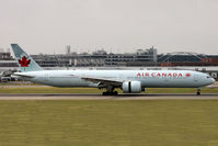 C-FRAM @ EGLL - Taxiing