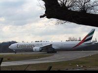 A6-EPT - B77W - Emirates