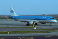 PH-EXA @ LFMN - Taxiing