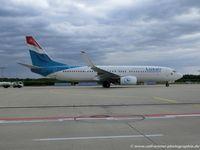 LX-LGV @ EDDK - Boeing 737-8C9(W) - LG LUX Luxair - 41190 - LX-LGV - 18.05.2015 - CGN - by Ralf Winter