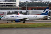 OH-LXF @ EGLL - Taxiing