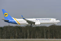 UR-PSV - B738 - Ukraine Int. Airlines