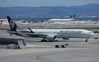 ZK-OKM @ KSFO - Boeing 777-300ER