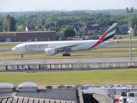 A6-EFN @ EBBR - EMIRATES - by fink123