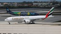 A6-EWH @ FLL - Emirates