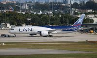 CC-BGJ @ MIA - LAN 787-9