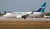 C-GWJE @ MIA - West Jet