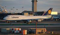 D-ABYM @ LAX - Lufthansa