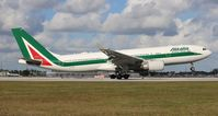 EI-EJP @ MIA - Alitalia - by Florida Metal