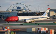EI-LNJ @ LAX - Norwegian
