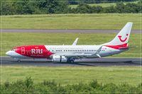 D-ATUZ @ EDDR - Boeing 737-8K5 - by Jerzy Maciaszek