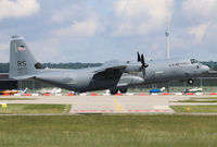 08-8602 @ EDDS - 08-8602 at Stuttgart Airport. - by Heinispotter