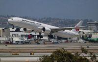 JA742J @ LAX - Japan Airlines
