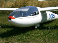 D-5959 - Flugplatz EDFD Bad Neustadt 2003 - by H.Becker