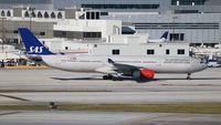 LN-RKM @ MIA - SAS A330 - by Florida Metal